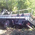 Acidente BR 277_Km 205 em Palmeira_caminhão_2