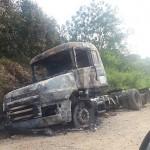 Caminhão queimado 2