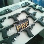 01480_prf_prende_duas_mulheres_que_transportavam_doze_pistolas_em_onibus_no_parana_5466249835203485072