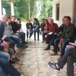 Debate entre os participantes para tirar dúvidas