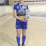 Capitã do time de futsal Bruna Novaki
