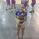 Bruna e o troféu