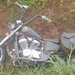 Moto sai da pista na BR 277 em Palmeira_1