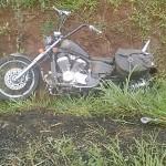 Moto sai da pista na BR 277 em Palmeira_3
