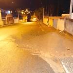 Motorista foge da polícia e bate em monte de terra_3