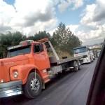 Caminhão quebrado na PR 151 em Palmeira causa congestionamento_3