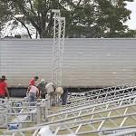 Expo PAlmeira_começa a montagem da estrutura_2