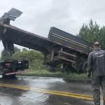 Acidente entre caminhões interdita a PR 151 no sábado_1