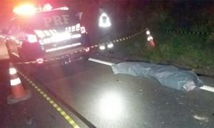 Andarilho morre atropelado na BR 277 em Colônia Maciel