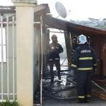 Incêndio em residência no Bairro Regina Vitória_foto Moacir Guchert_3
