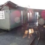 Incêndio em residência no Bairro Regina Vitória_foto Moacir Guchert_6