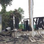 Vândalos ateaim fogo em edificação de medeira em Cemitério_2