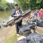 Ação de limpeza no Rio Iguaçu pelo Rotary Club de Palmeira e Iate Clube em comemoração ao Dia do Rio-foto divulgação (10)