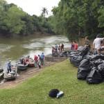Ação de limpeza no Rio Iguaçu pelo Rotary Club de Palmeira e Iate Clube em comemoração ao Dia do Rio-foto divulgação (2)