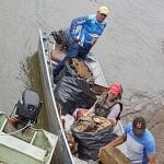 Ação de limpeza no Rio Iguaçu pelo Rotary Club de Palmeira e Iate Clube em comemoração ao Dia do Rio-foto divulgação (7)