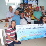 Entrega do cheque simbólico da Campanha Lanche Solidário do Franco Supermercado 26-12-18_ (4)