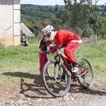 Grupo de Ciclistas Bora Pedalar levou o Papai Noel até as crianças carentes (9)
