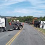 Capotamento-de-caminhão-na-Serrinha_PR-151-na-sexta-feira_01-02-2019__3
