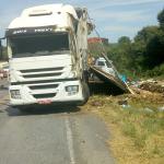 Capotamento-de-caminhão-na-Serrinha_PR-151-na-sexta-feira_01-02-2019__4