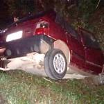 Acidente entre caminhão carregado de boi e Fiat Uno deixa motorista morto-2
