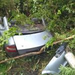 Acidente entre dois carros na PR 151 em Faxinal do Quartins mata jovem de Palmeira_2_ foto rede social WhatsApp