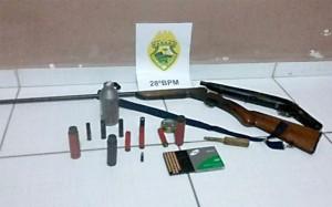 Armas apreendidas pela PM em Rio das Pedras em Palmeira