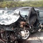 Acidente com 4 veículos na BR-277 em Palmeira deixa um morto e dois feridos graves_fotos rede social WhatsApp (5)