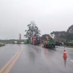 Acidente com 4 veículos na BR-277 em Palmeira deixa um morto e dois feridos graves_fotos reprodução_1_rede social WhatsApp
