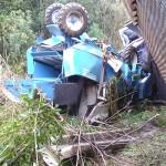 Acidente entre dois caminhões na PR 151 no Rio Caniú_8