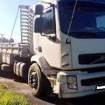 Acidente com caminhão e Ford Ka  na BR-277