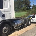 Caminhão roubado em São Mateus do Sul é recuperado na PR-151 em Palmeira