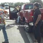 Caminhão derruba carga de chapas de aço-atige camionete e fere motorista_na PR-151 na ponte do Rio Caniú_foto Repórter Sassá em Ação_1