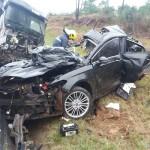 Acidente entre carro e caminhão deixa três vítimas fatais na BR 277_foto 1 PRF