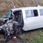 Acidente na BR-277 entre caminhão, Kia Besta e Fiat Uno deixa dois motoristas feridos_foto PRF (4)