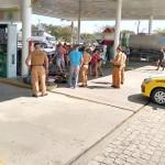 PM realiza abordagem em Posto de Combustível e prende 4 pessoas-foto rede social whatsApp (7)
