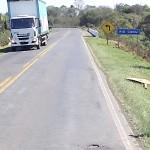 Vandalismo na PR 151 placas 03 - foto divulgação DER