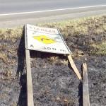 Vandalismo na PR 151 placas 08 - foto divulgação DER